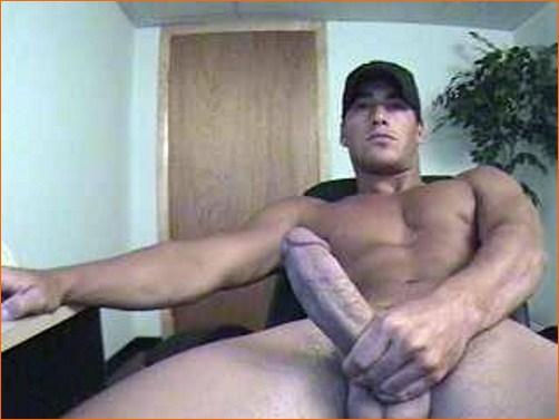 Найти красивого накаченного парня несколько фото с большим длинным и толстым хуем