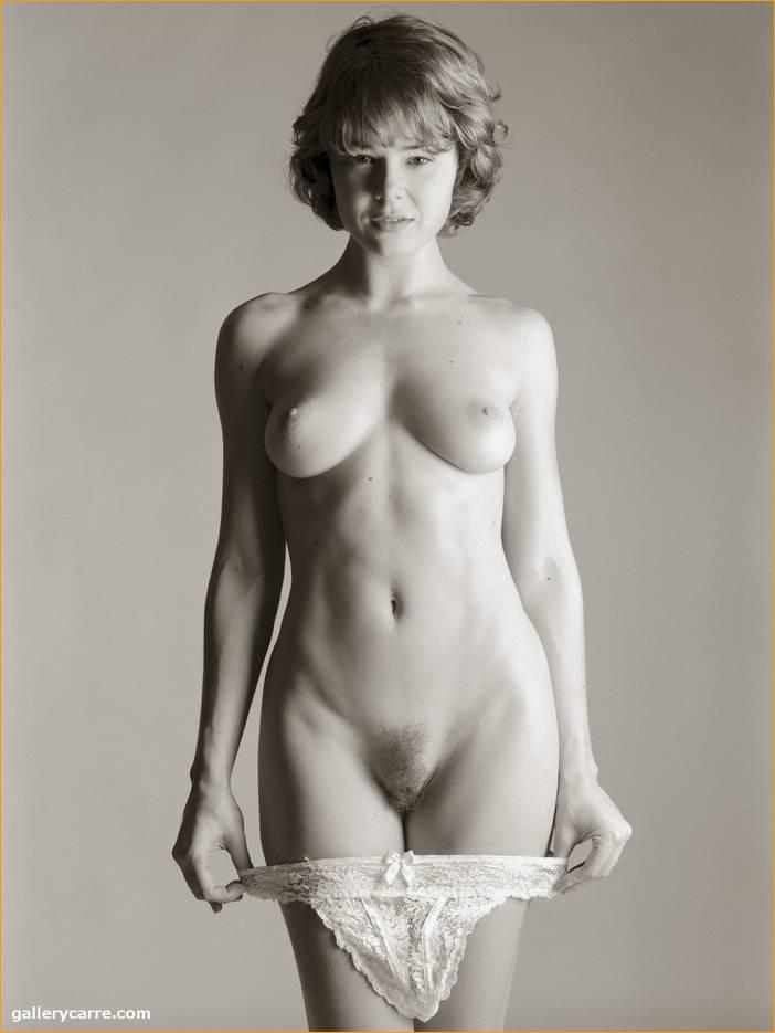 фото голых девушка в белом