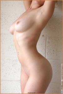 эротическое фото в профиль