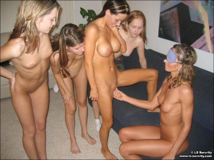 порно фото лезбиянок с большими дойками.