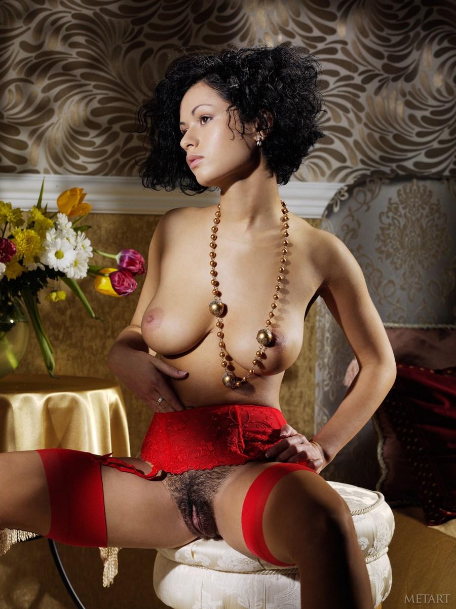 Русские женщины с лохматыми пиздами 20 фотография