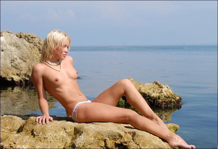 большие груди толстые ляжки широкие бёдра фото